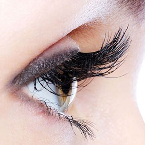 Eyelash Transplant Surgery in Delhi